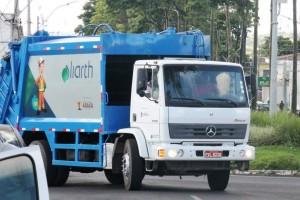 Prefeitura contrata novos caminhões para coleta de lixo