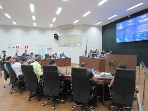 Vereadores aprovam projetos da Prefeitura
