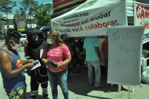 Informação e conscientização são destaques no Dia Mundial de Combate a AIDS em Araxá